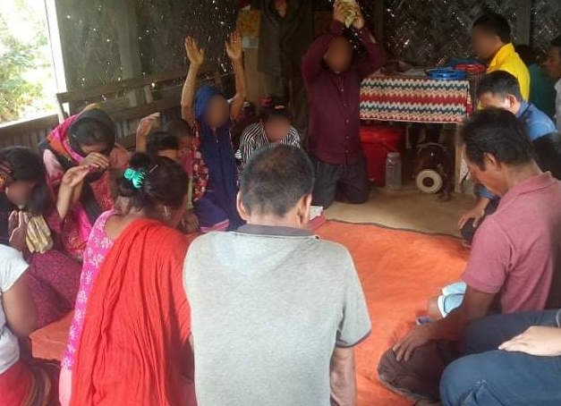 Bangladeshi Couple Leads 56 People to Christ